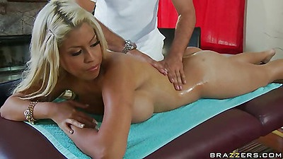 Dude massage wifes ass while she is naked