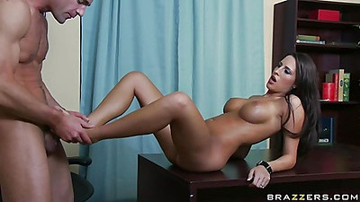 Kortney spreads her shaved pussy wide on office table
