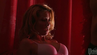 Big tits jessica drake sucks a dick head