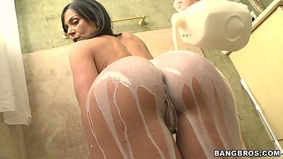 Nice ass Kendra Lust gets milk spilled all over her butt and tits