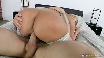 Big ass milf Mellanie Monroe sitting on cock cowgirl and doggy fuck with finger