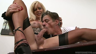 Transsexual Joanna Jet blowjob